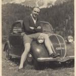 1949 - Il padre di Paolo Rampini con una FIAT 500 B